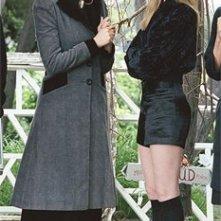 Evan Rachel Wood e Gwyneth Paltrow in una scena del film Correndo con le forbici in mano