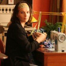 L'attrice francese Juliette Binoche in una scena di Complicità e sospetti