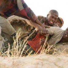 Djimon Hounsou in una scena del film Blood Diamond - Diamanti di sangue