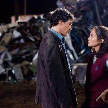 Antonio Banderas e Jennifer Lopez in una sequenza del film Bordertown