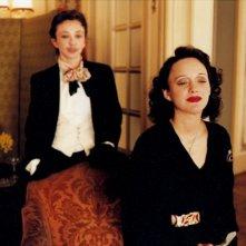 Marion Cotillard in una scena de 'La vie en rose'