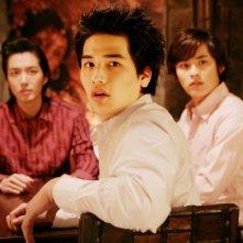Park Jin-woo con altri due membri del cast di 'Dasepo Soneyo'