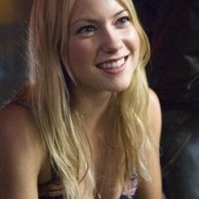 Laura Ramsey in una sequenza del film The Covenant