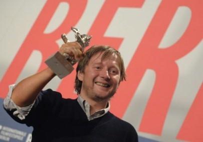 Berlinale 2007 David Mackenzie E L Orso D Argento Ottenuto Da Hallam Foe Per La Colonna Sonora 37096