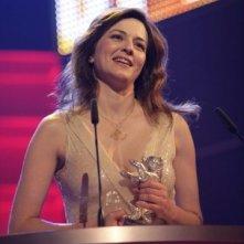 Berlinale 2007: Martina Gedeck riceve l'Orso d'Argento in rappresentanza dell'intero cast di The Good Sheperd di Robert De Niro, per il contributo artistico
