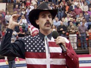 Sacha Baron Cohen in 'Borat', durante la scena del rodeo
