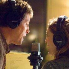 Drew Barrymore e Hugh Grant cantano insieme nel film Scrivimi una canzone