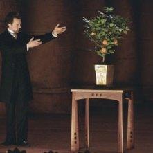 Edward Norton in una scena del film The Illusionist, del quale è stato protagonista nel 2006