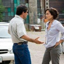 Antonio Banderas e Jennifer Lopez in una scena del film Bordertown