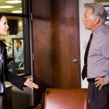 Jennifer Lopez e Martin Sheen in una scena del film Bordertown