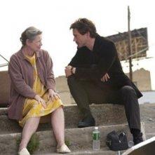 Dianne Wiest e Robert Downey Jr. in una scena del film Guida per riconoscere i tuoi santi