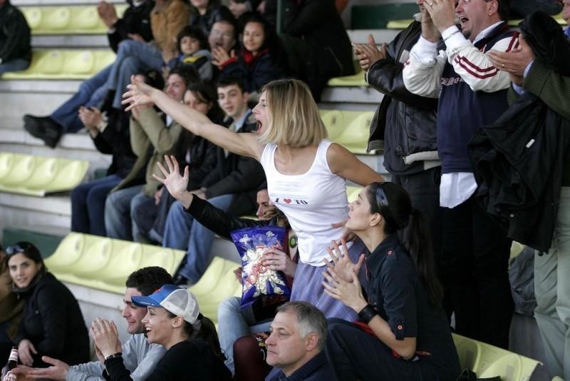 Nicoletta Romanoff E Giulia Bevilacqua In Una Scena Del Film Cardiofitness 38153