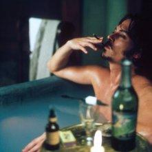 Johnny Depp in una scena del film La vera storia di Jack lo squartatore
