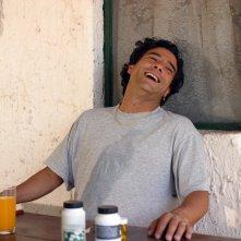 Marco Leonardi in una scena del film Maradona, la mano di Dio di Marco Risi