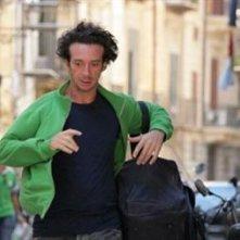 Salvatore Ficarra in una scena del film Il 7 e l'8
