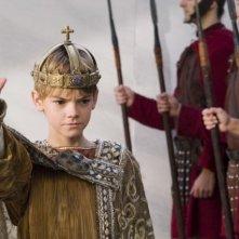 il giovane Thomas Sangster in una scena del film L'ultima legione
