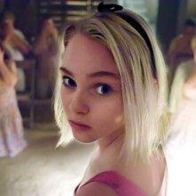 Anna Sophia Robb in una scena del film I segni del male