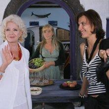 Lisa Gastoni, Rosalinda Celentano ed Elena Bouryka  in una scena di Tutte le donne della mia vita