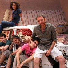 Esther Elisha, Lorenzo Balducci, Daniele De Angelis, Nicolas Vaporidis e Valerio mastandreai in una scena del film Last Minute Marocco