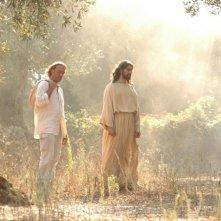 Luca Ward con Alessandro Etrusco in una scena del film 7 km da Gerusalemme