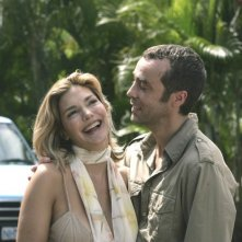 Laura Harring con John Hannah in una scena del film Ghost Son