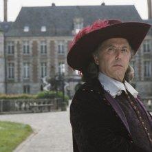 Fabrice Luchini in una scena de Le avventure galanti del giovane Moliere