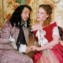Ludivine Sagnier e Edouard Baer in Le avventure galanti del giovane Molière