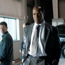 Mark Wahlberg e Danny Glover in una scena di Shooter