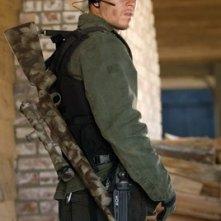Mark Wahlberg in una scena dell'action movie Shooter