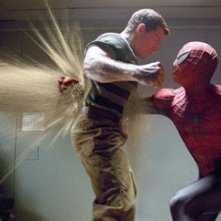 Thomas Haden Church e Tobey Maguire in una scena di Spider-Man 3