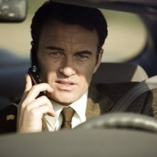 Julian McMahon in una scena del film Premonition