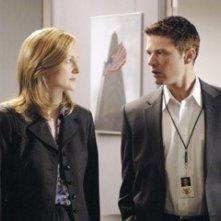 Laura Linney e Ryan Phillippe in una scena di Breach - L'infiltrato