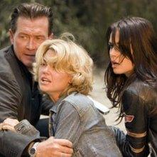 Robert Patrick, Kelly Carlson e Abigail Bianc in una scena del film Presa Mortale