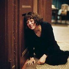 Marion Cotillard in una scena del film La vie en rose