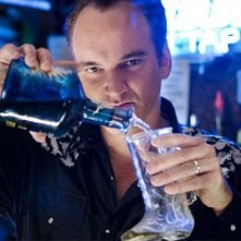 Quentin Tarantino in una scena del film Death Proof, episodio del double feature Grind House
