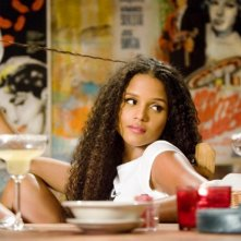 Sydney Tamiia Poitier (figlia di Sydney Poitier) in una scena del film Death Proof, episodio del double feature Grind House
