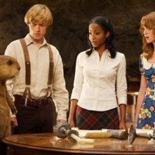 Adam Campbell, Faune Chambers eJ ayma Mays in una scena del film Epic Movie
