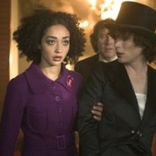 Cillian Murphy con Ruth Negga in una scena del film Breakfast on Pluto