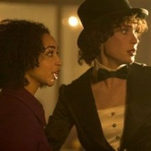 Cillian Murphy e Ruth Negga in una sequenza del film Breakfast on Pluto