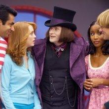 Crispin Glover, Kal Penn, Adam Campbell, Faune Chambers e J ayma Mays in una scena del film Epic Movie