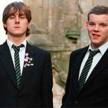 Andrew Knott e Russell Tovey in una scena del film The History Boys