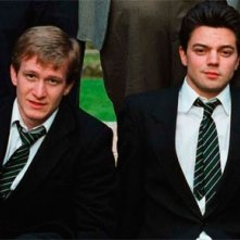 Jamie Parker e Dominic Cooper in una scena del film The History Boys