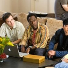 Casey Affleck, Don Cheadle e Shaobo Qin in una scena del film Ocean's Thirteen