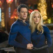Ioan Gruffudd con Jessica Alba ne I fantastici 4 e Silver Surfer