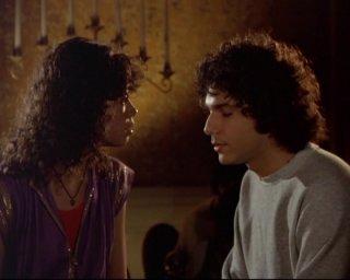 Lee Curreri ed Erica Gimpel in una scena del telefilm 'Saranno Famosi'