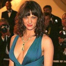 Cannes 2007: scollatura da brivido per Asia Argento che presenta 'Boarding Gate'