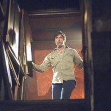 Dylan McDermott in una scena del film The Messengers