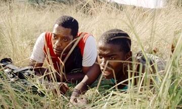 Gabriel Malema E Orlando Jones In Una Scena Del Film Primeval 41940