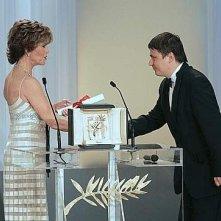Cannes 2007, serata finale: la Fonda e Cristian Mungiu, Palma d'Oro per 4 Months, 3 Weeks And 2 Days