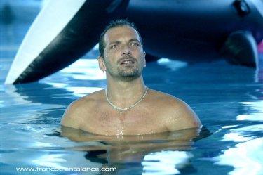 Franco Trentalance in piscina